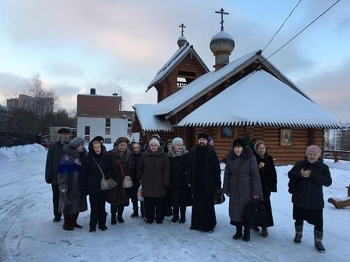 10 января 2019 года храм Святой равноапостольной Нины в Черемушки посетили пенсионеры из ГБУ ТЦСО «Черемушки».